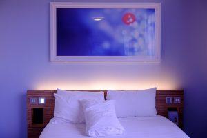 jaka posciel do sypialni 300x200 Jak dobrać kolor pościeli do sypialni?