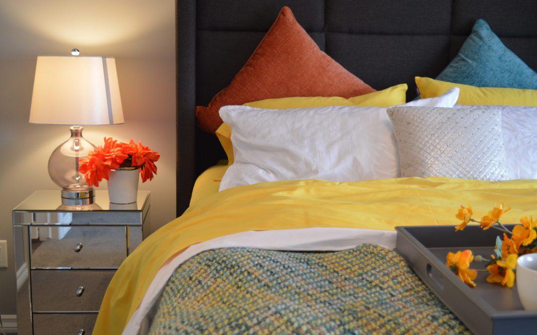 Jak dobrać kolor pościeli do sypialni?