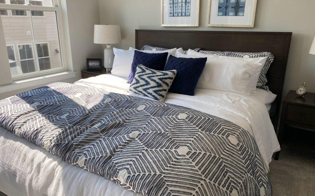 Pościel dwustronna, czyli jak szybko odmienić wystrój sypialni